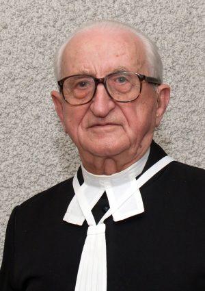 Portrait von Konsistorialrat Franz Lang, Augustiner Chorherr des Stiftes St. Florian, langjähriger Pfarrer in Asten, Ehrenringträger der Marktgemeinde Asten