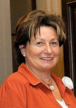 Portrait von Dr. Hanke Edith